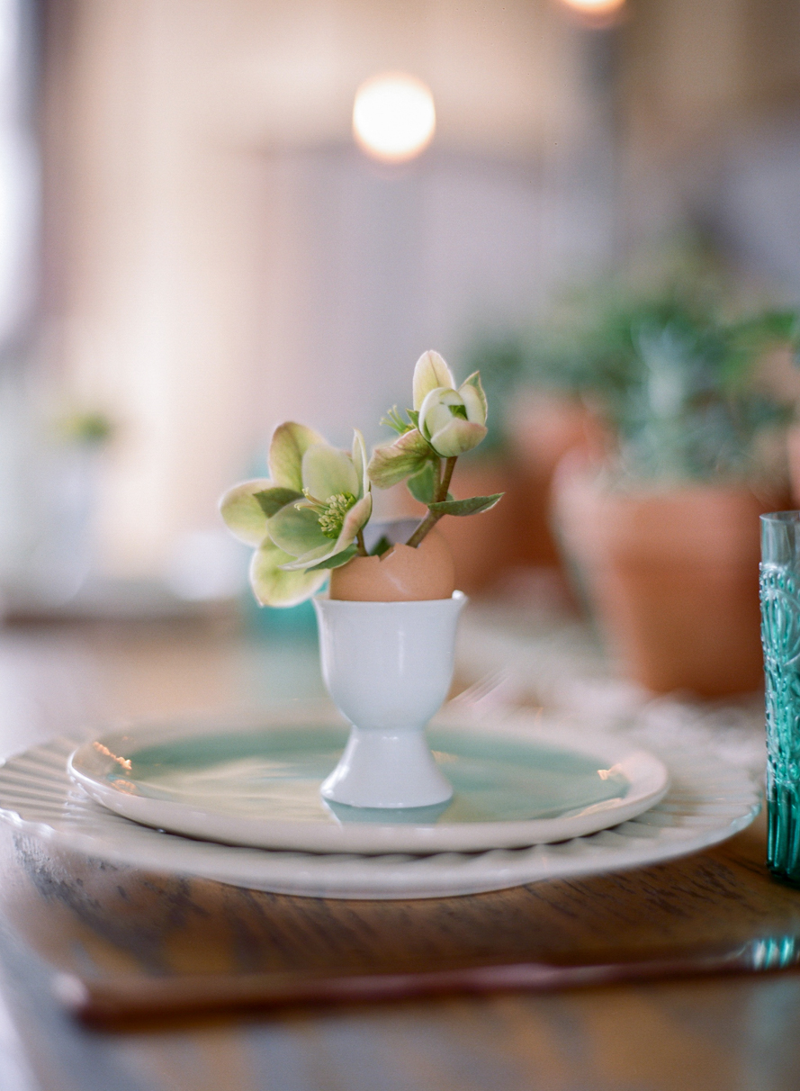 Spring Garden Easter Table | Featured on Magnolia Rouge Spring Garden Easter Table   009