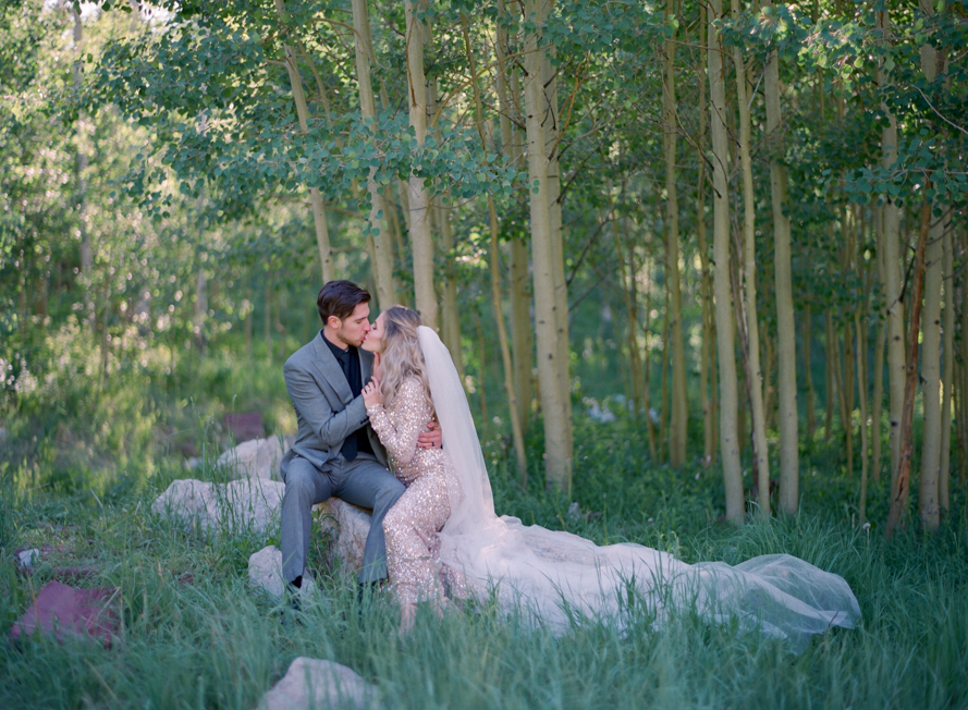 intimate destination wedding sunrise wedding ceremony ideas aspen colorado wedding photographers colorado mountain wedding venues small wedding ceremony venues film wedding photographers Brytny + Kiley | Featured on BRIDES GrantWed Blog024